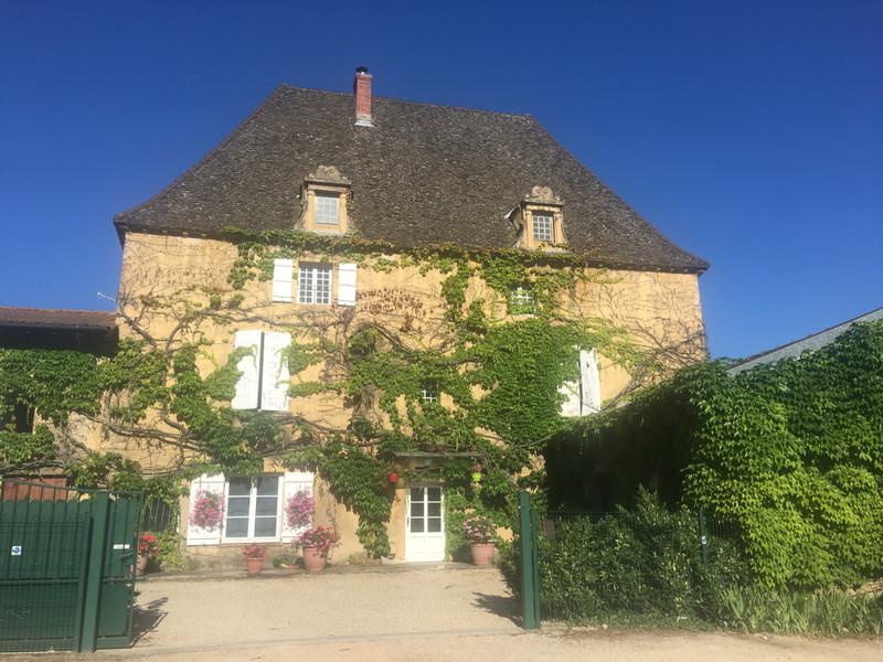 French property for sale in Crêches-sur-Saône, Saone et Loire - €1,732,500 - photo 9