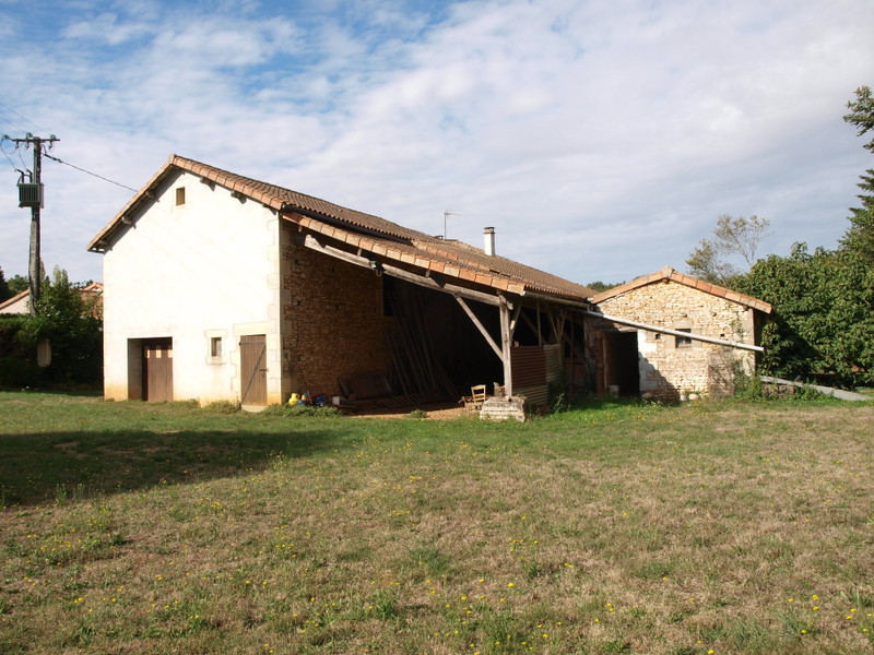 French property for sale in Blanzay, Vienne - €93,500 - photo 4