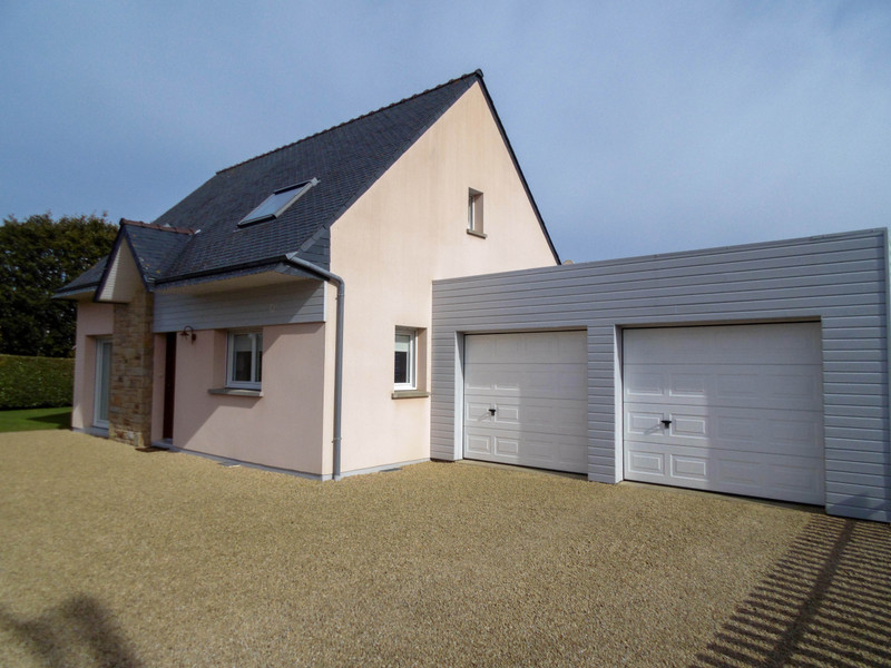 French property for sale in Santec, Finistere - €325,000 - photo 3