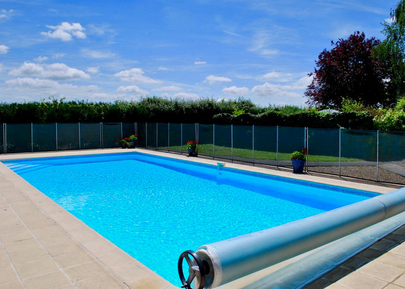 French property for sale in Noyant-Villages, Maine-et-Loire - €459,880 - photo 5