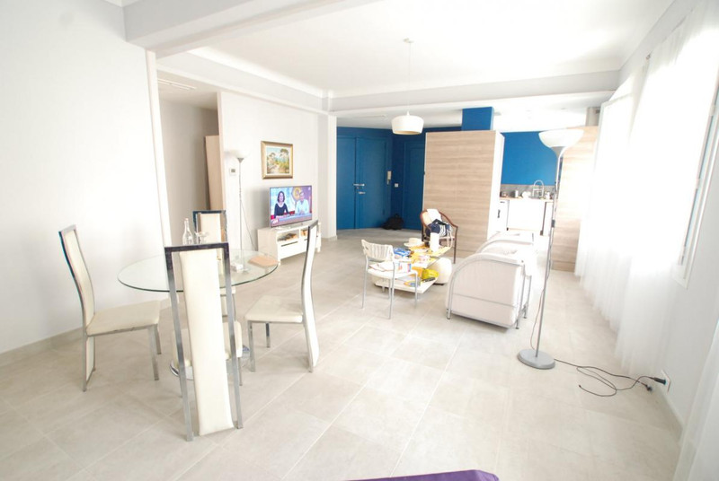 French property for sale in Nice, Alpes-Maritimes - €529,000 - photo 3