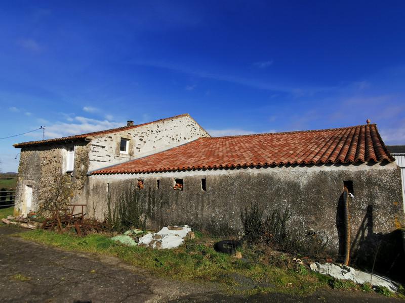 Maison à vendre à Antigny, Vendée - 172 800 € - photo 4