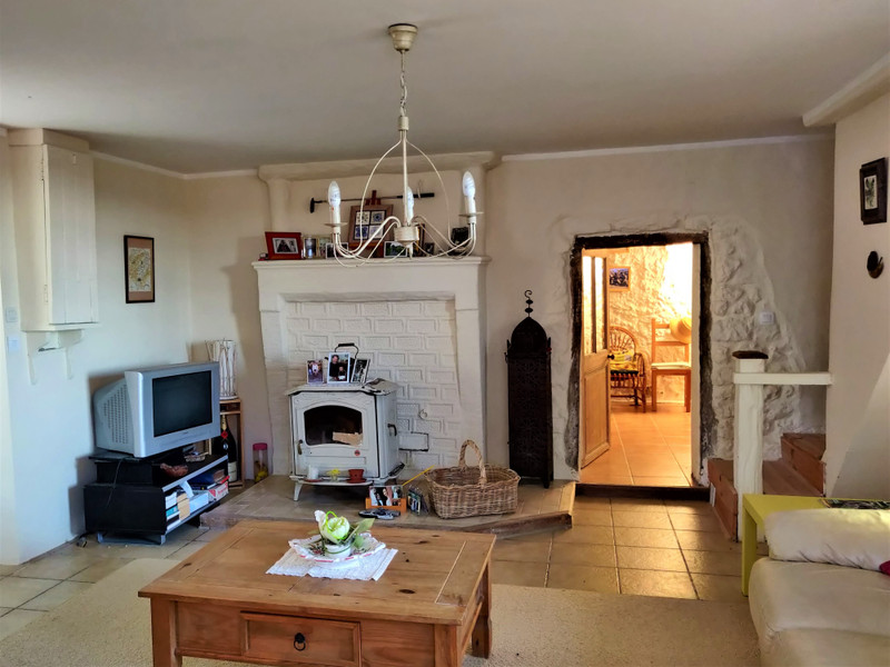 French property for sale in Pérignac, Charente - €100,000 - photo 6