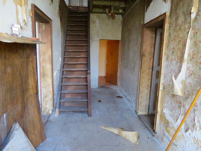 Maison à vendre à Saint-Savinien, Charente-Maritime - 103 550 € - photo 3