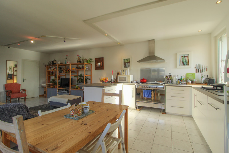 French property for sale in Charroux, Vienne - €109,000 - photo 4