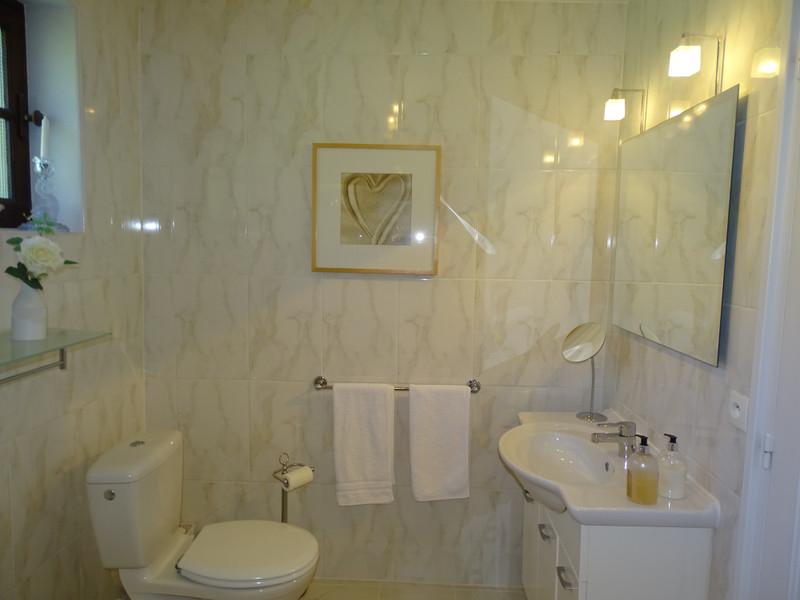 French property for sale in Montignac, Dordogne - €369,000 - photo 8