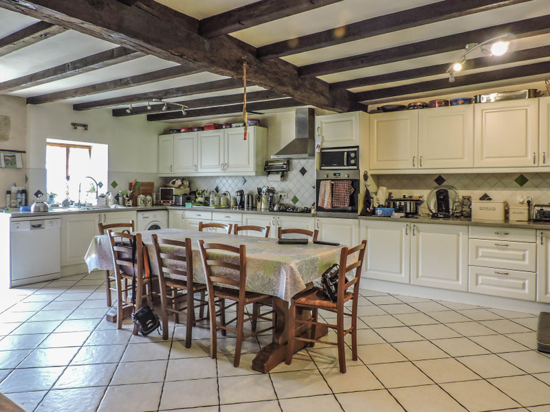 French property for sale in Pressac, Vienne - €219,350 - photo 4