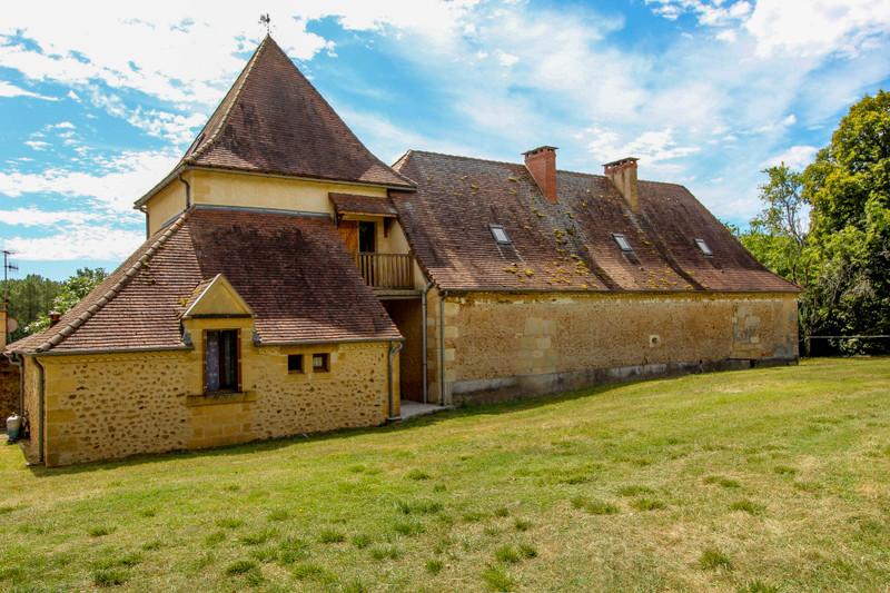 French property for sale in La Douze, Dordogne - €295,000 - photo 2