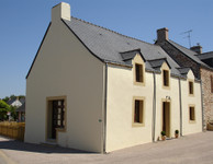 French property, houses and homes for sale inThéhillacMorbihan Brittany