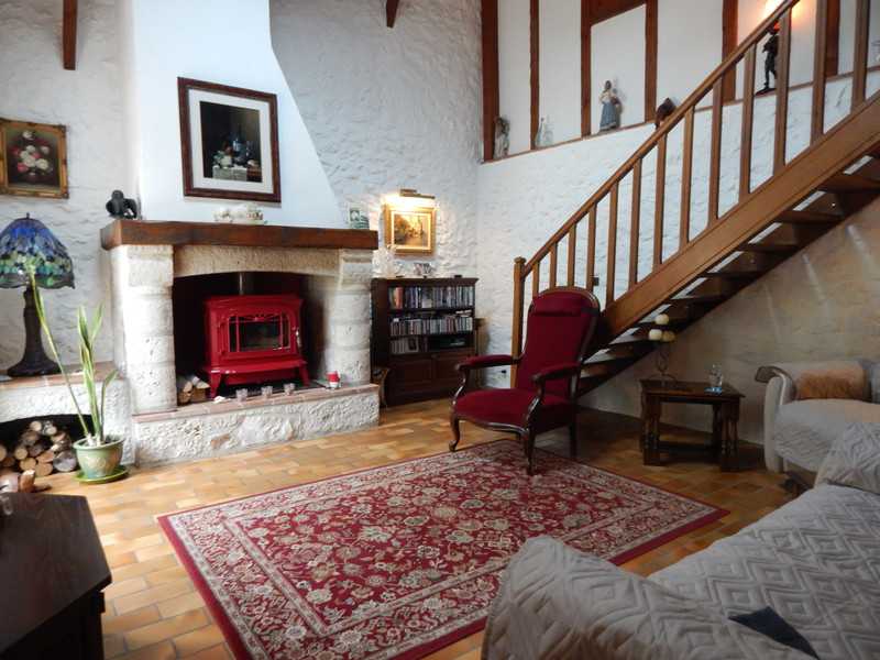 French property for sale in Castella, Lot et Garonne - €434,000 - photo 4
