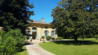 chateau for sale in PuybarbanGironde Aquitaine