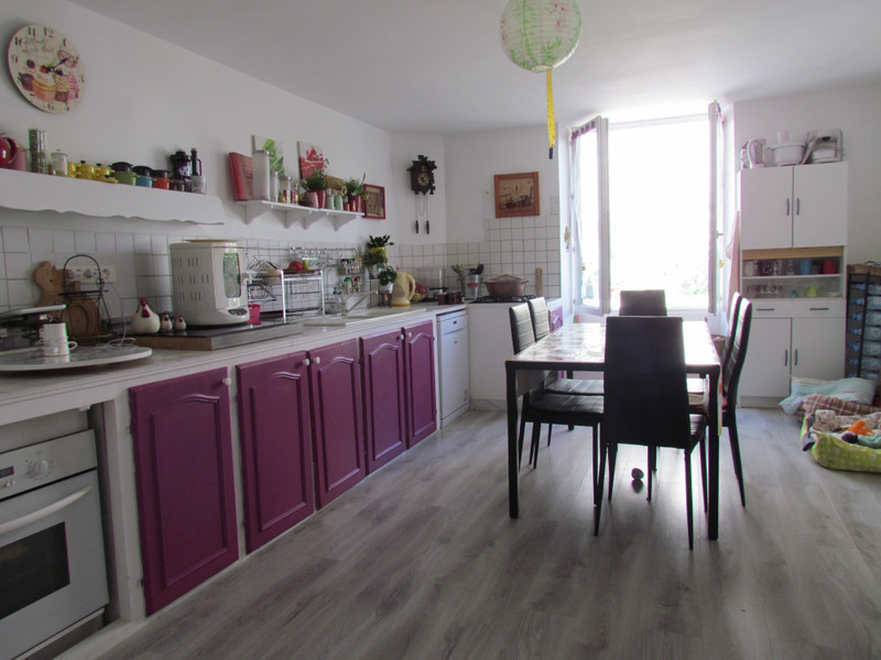 French property for sale in Saint-Secondin, Vienne - €130,800 - photo 2