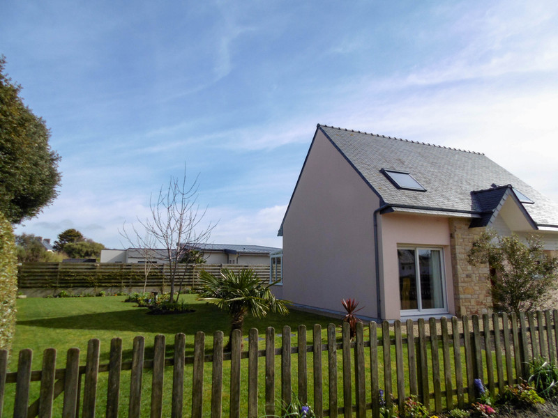 French property for sale in Santec, Finistere - €325,000 - photo 2