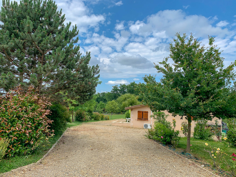 French property for sale in Eymet, Dordogne - €350,000 - photo 2