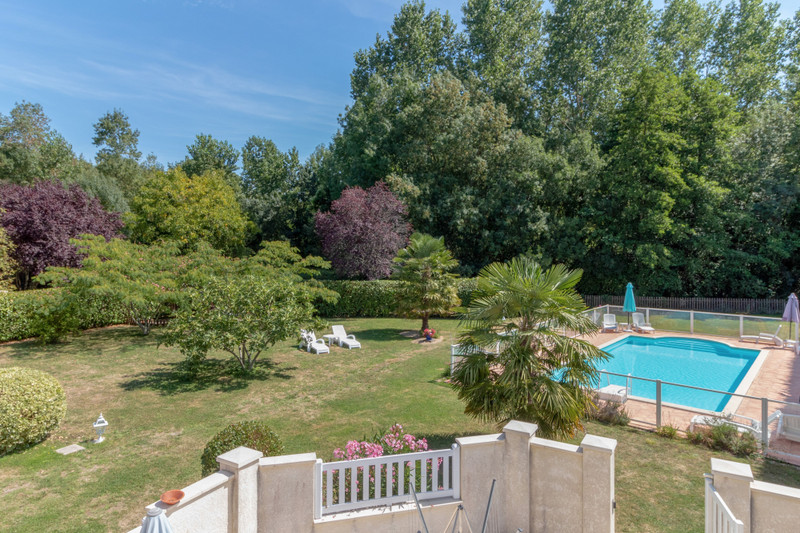 French property for sale in Migron, Charente-Maritime - €598,900 - photo 3