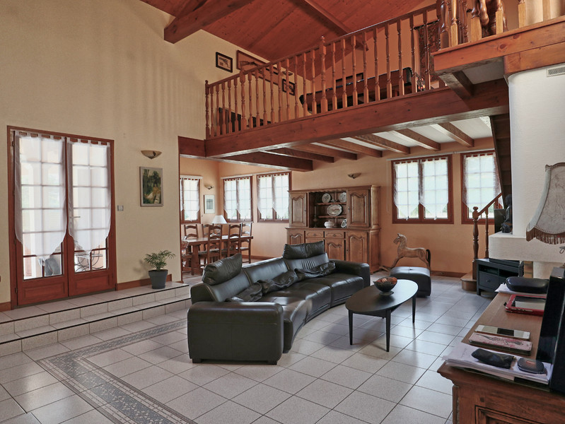French property for sale in Saint-Aulaye, Dordogne - €429,300 - photo 2