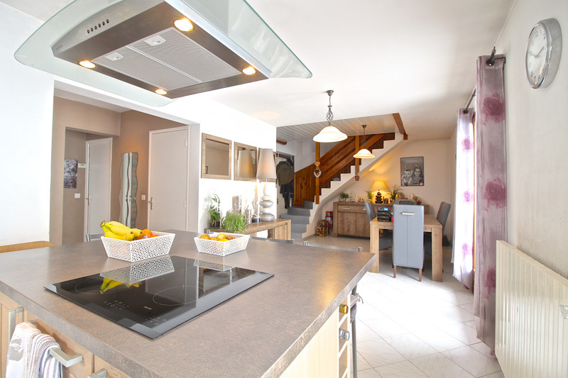 French property for sale in Les Deux Alpes, Isère - €595,000 - photo 2