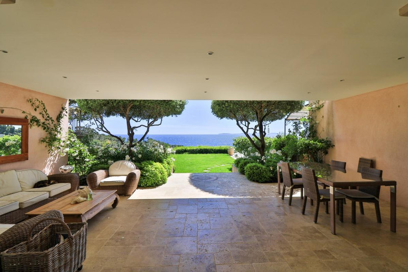 French property for sale in La Croix-Valmer, Var - €7,450,000 - photo 4