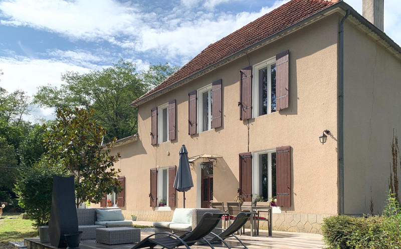 French property for sale in Ambrus, Lot-et-Garonne - €288,000 - photo 2