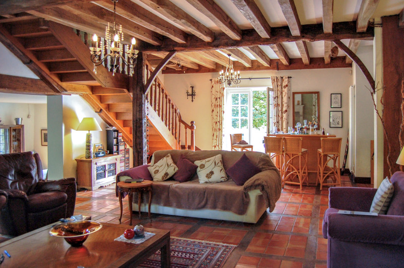 French property for sale in Lalinde, Dordogne - €565,000 - photo 8
