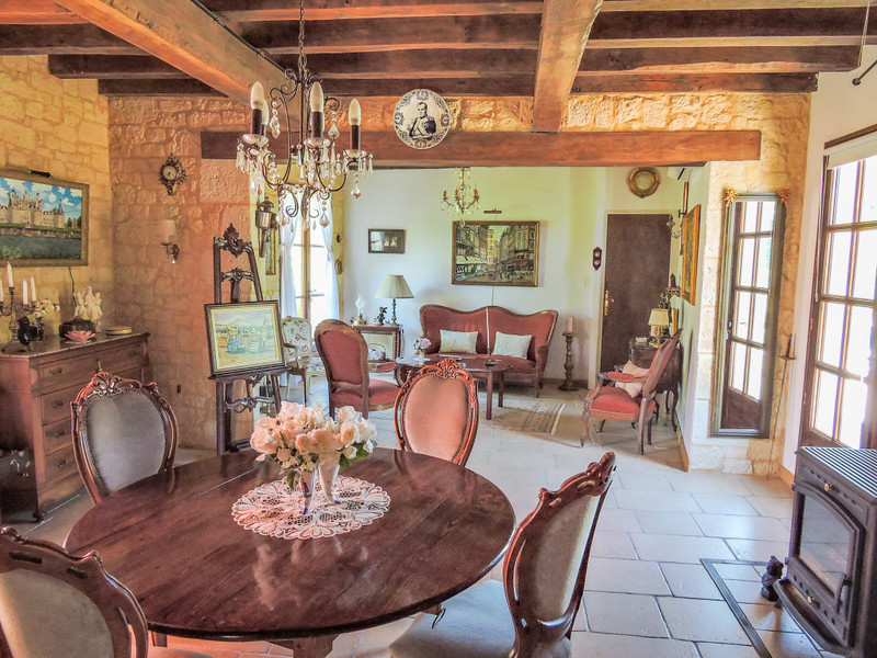 French property for sale in Saint-Léon-sur-Vézère, Dordogne - €275,000 - photo 3