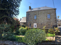 French property, houses and homes for sale inSaint-Denis-de-GastinesMayenne Pays_de_la_Loire