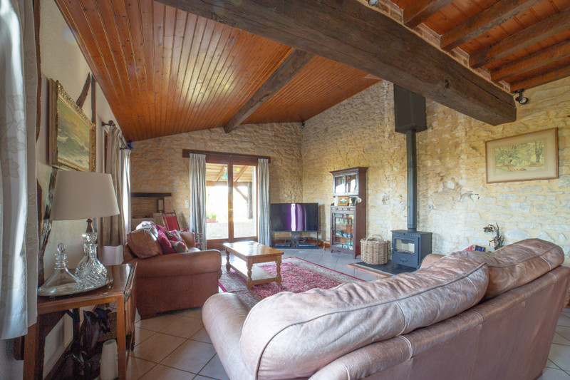 French property for sale in Landerrouat, Gironde - €371,000 - photo 3