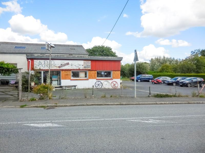 French property for sale in Saint-Jacut-du-Mené, Côtes-d'Armor - €77,000 - photo 2