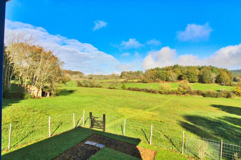 French property for sale in Milhac-de-Nontron, Dordogne - €165,000 - photo 2