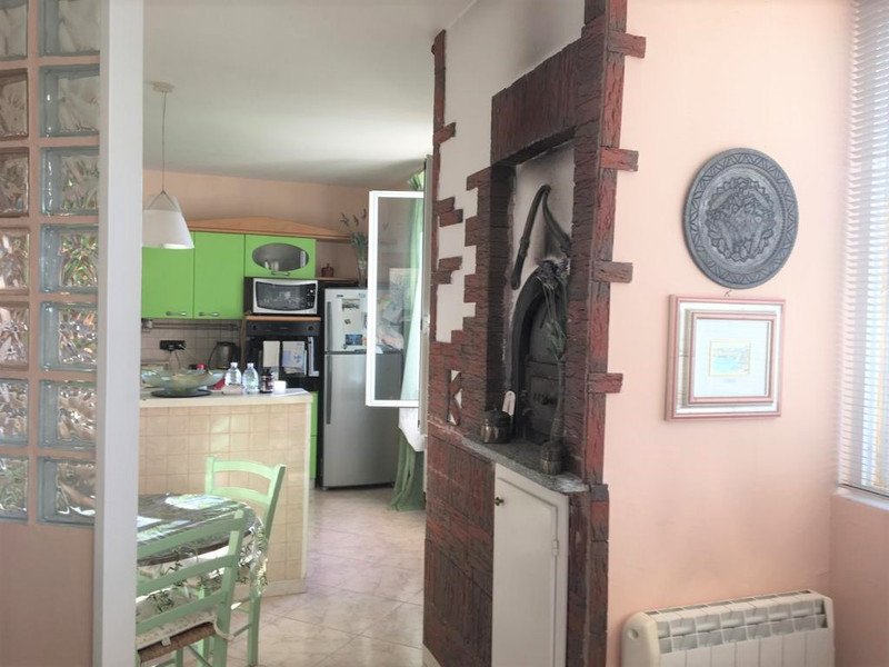 French property for sale in Menton, Alpes Maritimes - €640,000 - photo 6