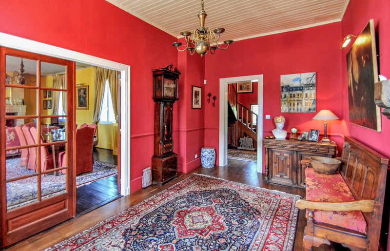 French property for sale in Saint-Émilion, Gironde - €1,199,000 - photo 6