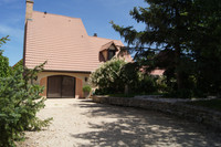 French property, houses and homes for sale inNuits-Saint-GeorgesCôte-d'Or Burgundy