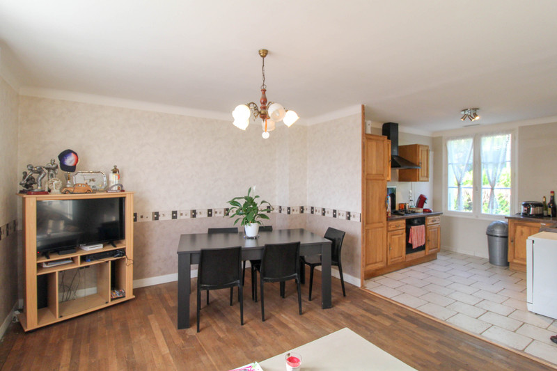 French property for sale in Gouex, Vienne - €77,000 - photo 3