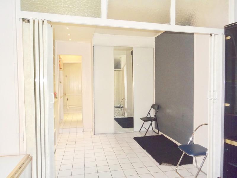 Appartement à vendre à Paris 9e Arrondissement, Paris - 365 000 € - photo 4
