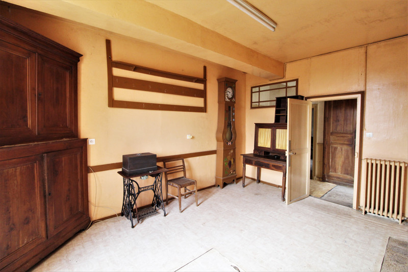 French property for sale in Verteillac, Dordogne - €130,800 - photo 3