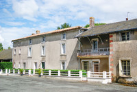 French property, houses and homes for sale inLa Boissière-en-GâtineDeux_Sevres Poitou_Charentes