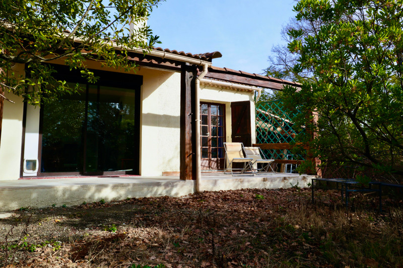 French property for sale in Pierrevert, Alpes-de-Hautes-Provence - €369,900 - photo 3