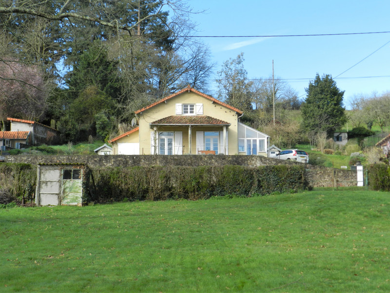French property for sale in Availles-Limouzine, Vienne - €143,450 - photo 2