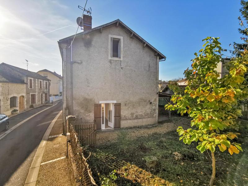 French property for sale in Saint-Pardoux-la-Rivière, Dordogne - €82,500 - photo 2