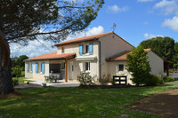 French property, houses and homes for sale inTaponnat-FleurignacCharente Poitou_Charentes