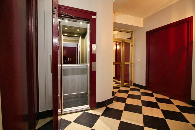 Appartement à vendre à Paris 17e Arrondissement, Paris - 789 000 € - photo 2