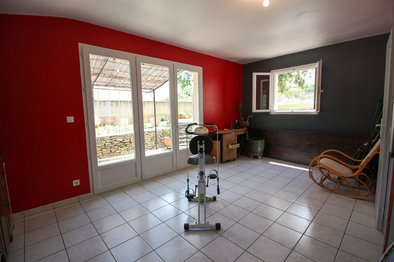 French property for sale in Entrechaux, Vaucluse - €399,000 - photo 10