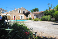 houses and homes for sale inRauzanGironde Aquitaine