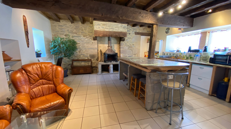 French property for sale in Val d'Oust, Morbihan - €300,000 - photo 7