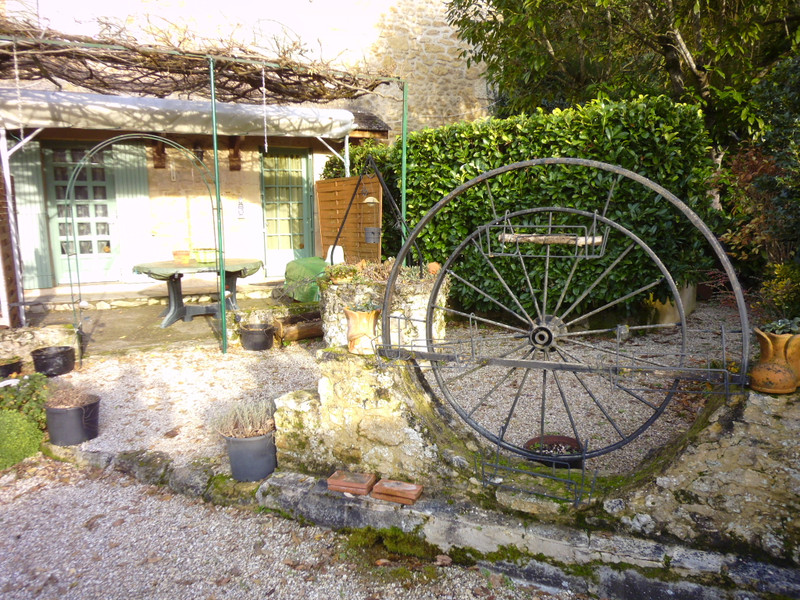French property for sale in Bayac, Dordogne - €267,500 - photo 2