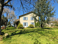 French property, houses and homes for sale inChamps-RomainDordogne Aquitaine