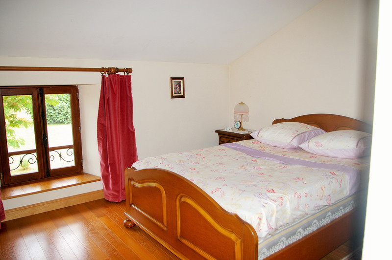 French property for sale in Clussais-la-Pommeraie, Deux Sevres - €267,500 - photo 9