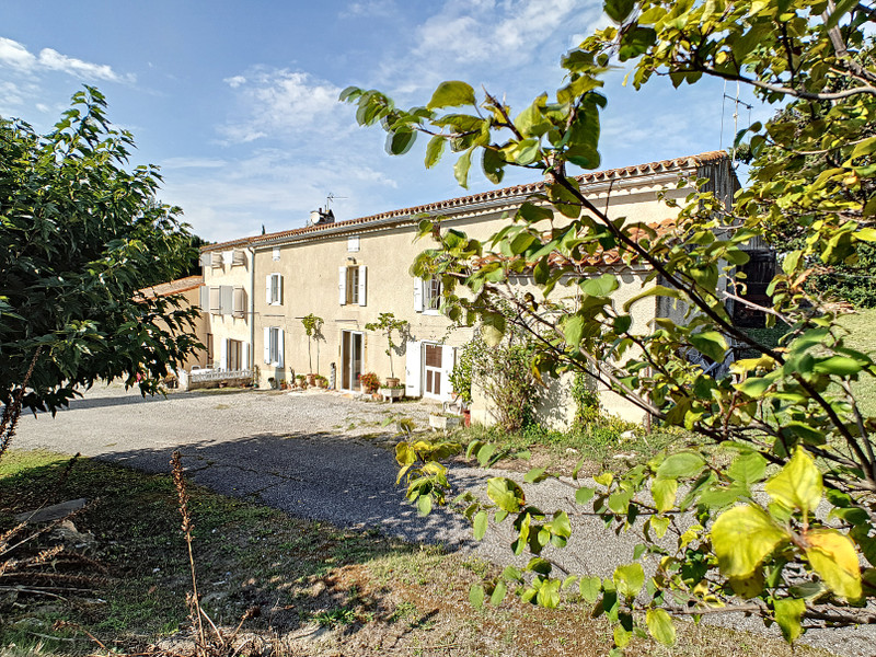 French property for sale in Castelnaudary, Aude - €495,000 - photo 3