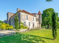 chateau à vendre à Charmant, Charente, Poitou_Charentes, avec Leggett Immobilier