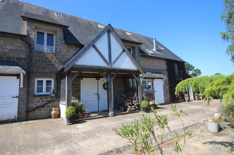 French property for sale in Vire, Calvados - €214,000 - photo 1